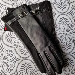 New roots leather gloves size 6.5